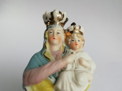 Porcelánová figurální kropenka