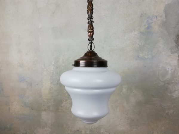 Závěsná mosazná lampa