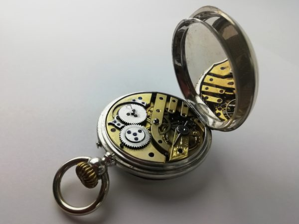 Pánské stříbrné hodinky Remontoir