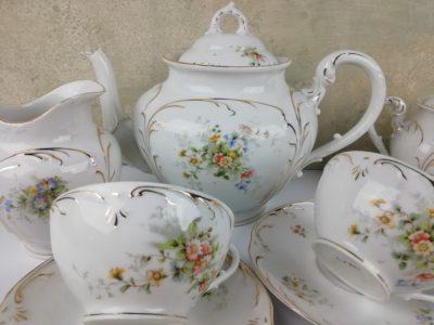 Porcelánový čajový servis kvítky